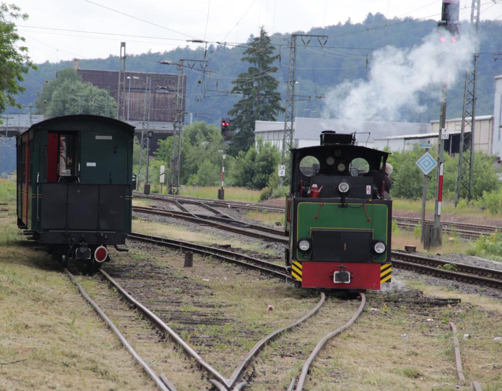 Umfahren des Zuges durch die Lok in Wächtersbach